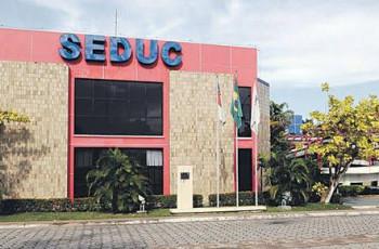 Governo do Amazonas, através da Seduc, fará contratação temporária de 4 mil professores para 2020